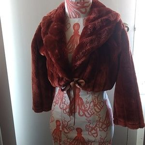 Sweaters - Vintage style faux fur bolero jacket